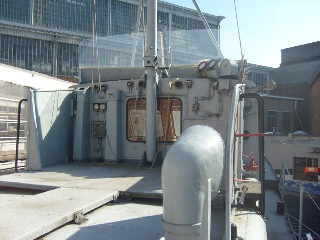 ex P903 MEUSE  (patrouilleur fluvial) - Page 2 58_mus10
