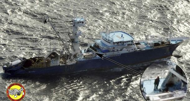 Des fusiliers marins en protection à bord des thoniers 610x188