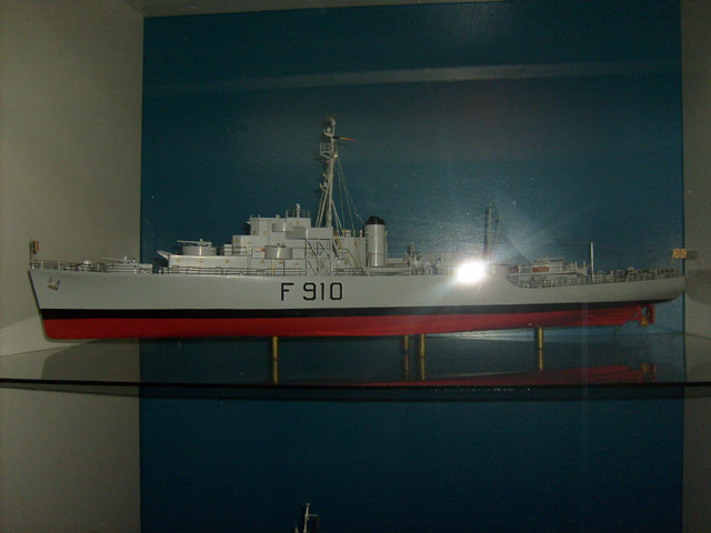 Visite du musée de la marine le 22.09.2009 - Page 2 61_mus10