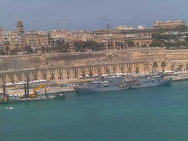 Photos en live des ports dans le monde (webcam) - Page 5 Anti_m10
