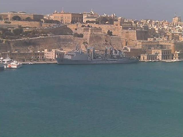 Photos en live des ports dans le monde (webcam) - Page 5 Malte_11