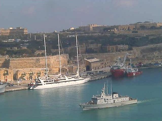 Photos en live des ports dans le monde (webcam) - Page 5 Malte_12