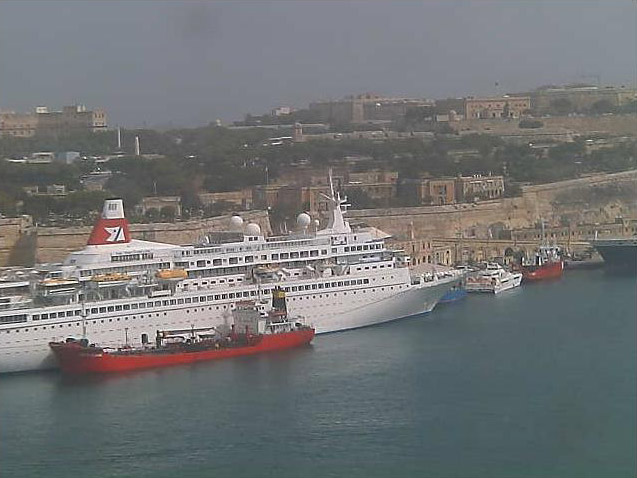 Photos en live des ports dans le monde (webcam) - Page 5 Malte_15
