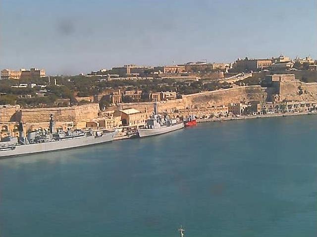 Photos en live des ports dans le monde (webcam) - Page 5 Malte_19
