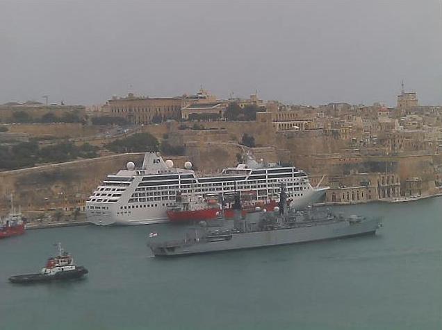 Photos en live des ports dans le monde (webcam) - Page 6 Malte_24