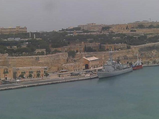 Photos en live des ports dans le monde (webcam) - Page 6 Malte_25