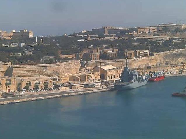 Photos en live des ports dans le monde (webcam) - Page 6 Malte_36