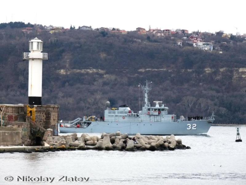 Bulgarian Navy - Marine Bulgare - Page 9 P1030612