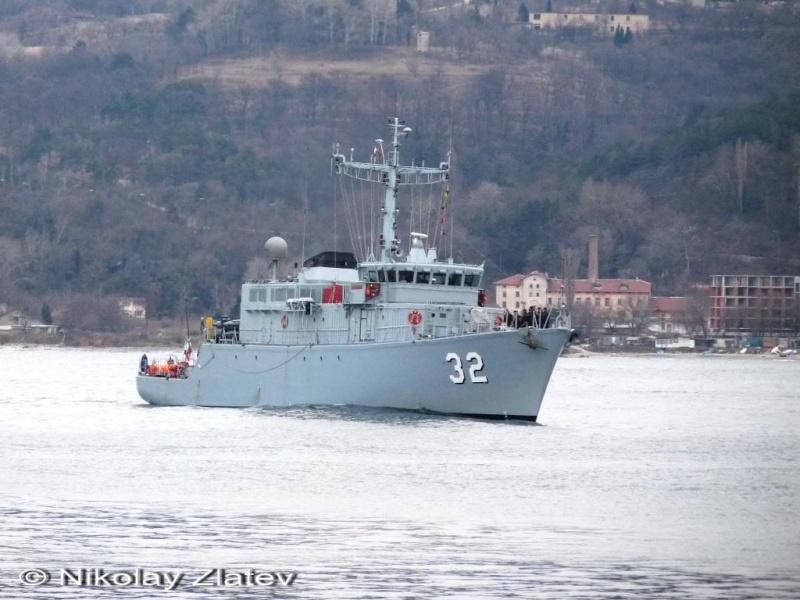 Bulgarian Navy - Marine Bulgare - Page 9 P1030613