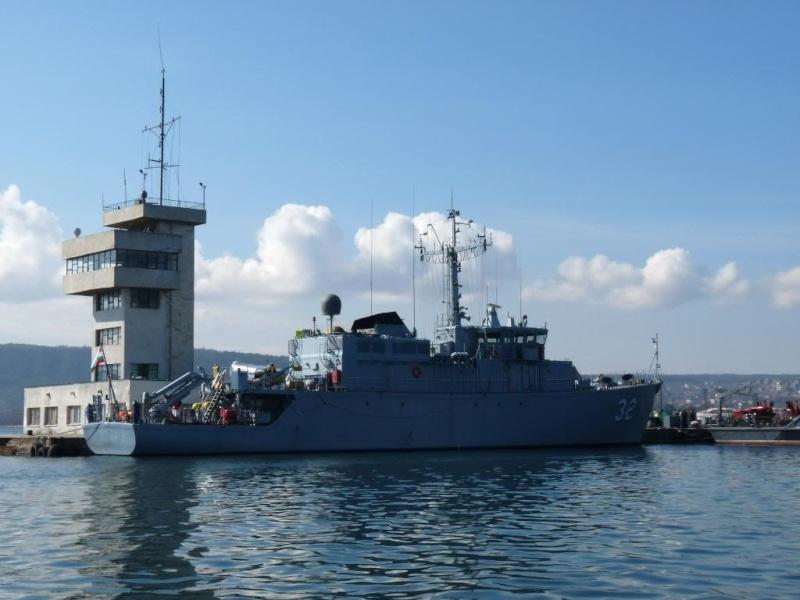 Bulgarian Navy - Marine Bulgare - Page 10 P1030910