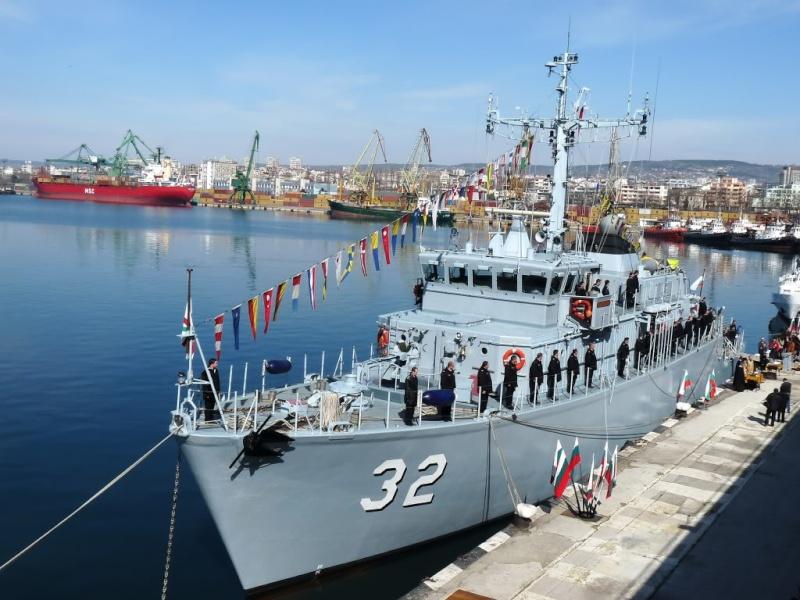 Bulgarian Navy - Marine Bulgare - Page 11 P1040410