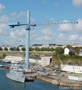 Nouvelle du port militaire de Brest P1080410