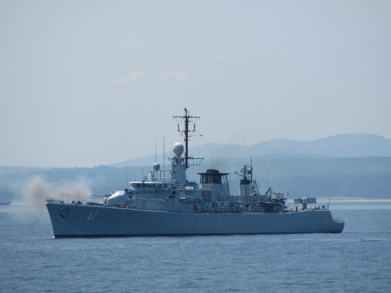 Bulgarian Navy - Marine Bulgare - Page 11 Pictur12