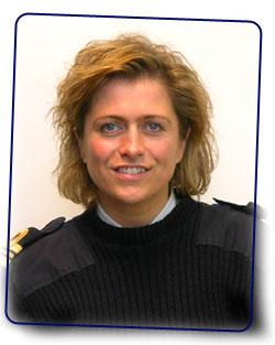 la première femme commandant d'un navire de la marine belge Vanlee10