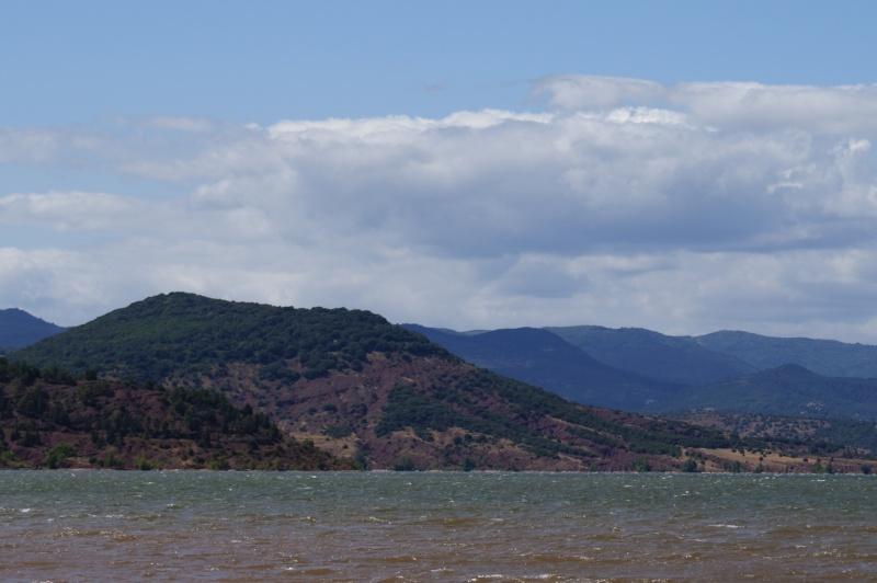 Le Lac du Salagou Dsc00110