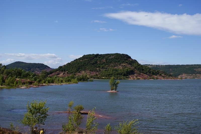 Le Lac du Salagou Dsc00117