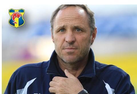 Veilex, nouvel entraîneur du Sporting Toulon Domini10