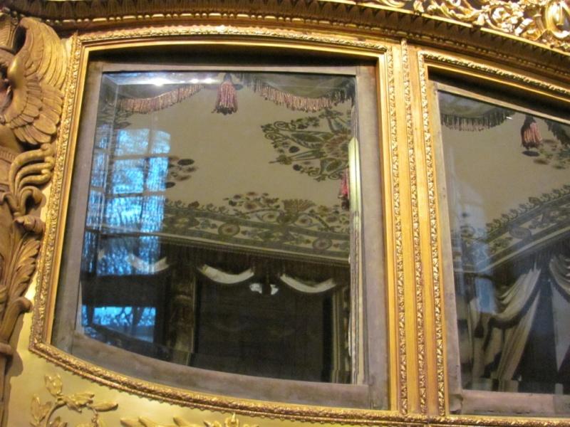 Enfin !   Réouverture de la Galerie des Carrosses à Versailles Img_4613