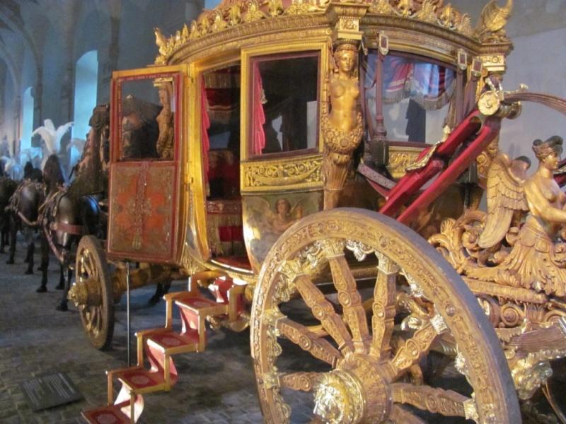 Enfin !   Réouverture de la Galerie des Carrosses à Versailles Img_4810