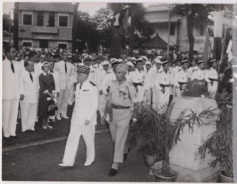 Une cérémonie à situer Indo_g11