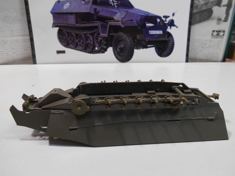 Sd.Kfz.251/3 Ausf.C -  AFV 1/35e - Mittlere Funkpanzerwagen 5-sd_k11