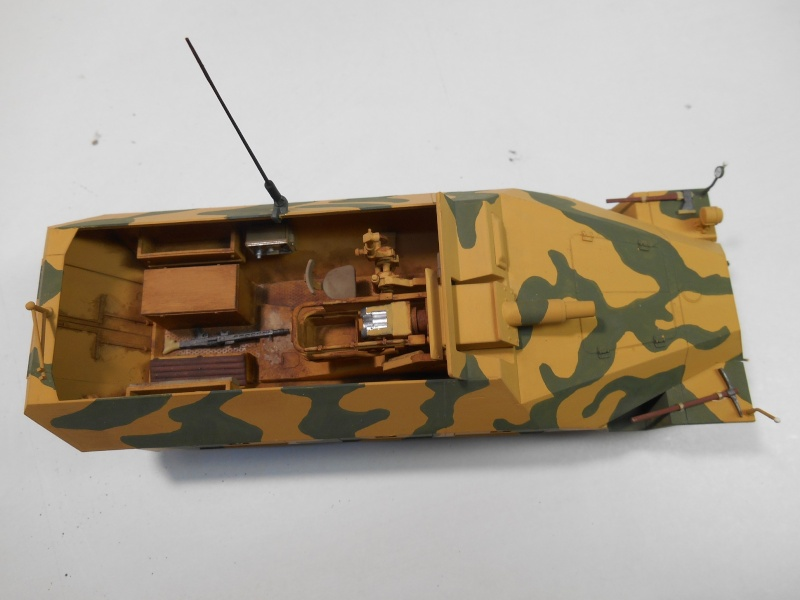 Sd.Kfz.251/9 Ausf.D KANONENWAGEN - Tamiya 1/35e 8-sd_k10