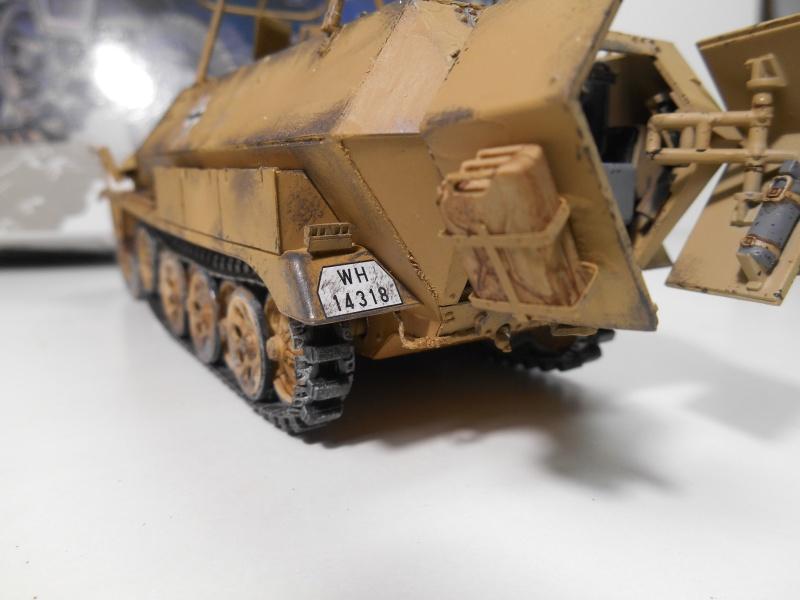 Sd.Kfz.251/3 Ausf.C -  AFV 1/35e - Mittlere Funkpanzerwagen - Page 6 Sd_kf100