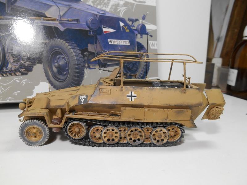 Sd.Kfz.251/3 Ausf.C -  AFV 1/35e - Mittlere Funkpanzerwagen - Page 6 Sd_kf101