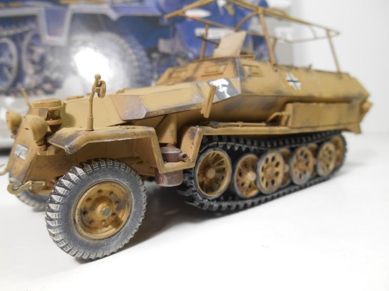 Sd.Kfz.251/3 Ausf.C -  AFV 1/35e - Mittlere Funkpanzerwagen - Page 6 Sd_kf102