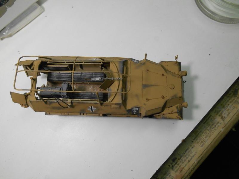 Sd.Kfz.251/3 Ausf.C -  AFV 1/35e - Mittlere Funkpanzerwagen - Page 6 Sd_kf105