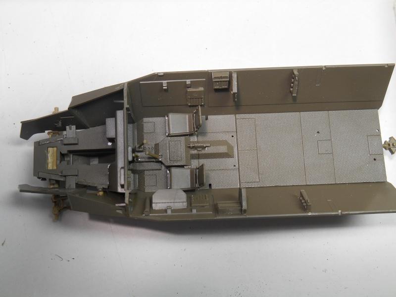 Sd.Kfz.251/3 Ausf.C -  AFV 1/35e - Mittlere Funkpanzerwagen - Page 2 Sd_kfz22