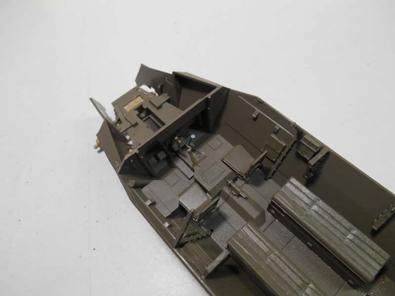 Sd.Kfz.251/3 Ausf.C -  AFV 1/35e - Mittlere Funkpanzerwagen - Page 2 Sd_kfz32