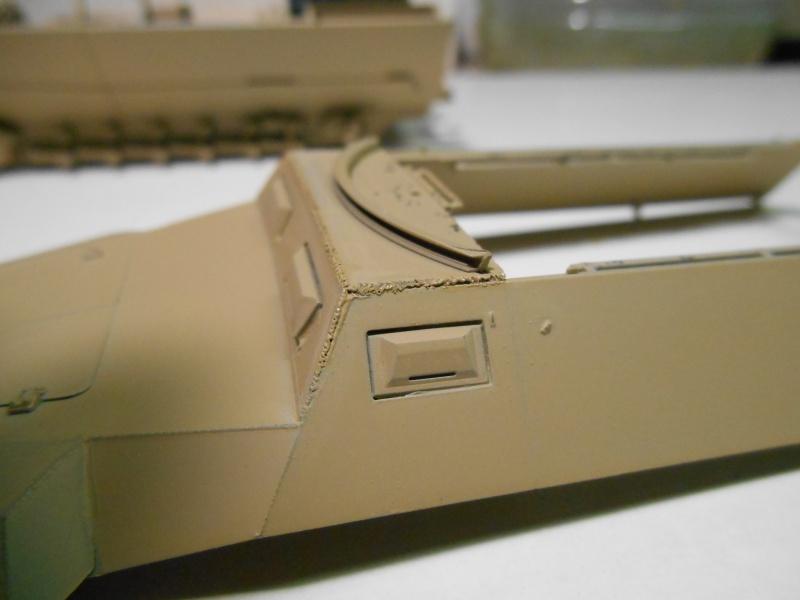 Sd.Kfz.251/3 Ausf.C -  AFV 1/35e - Mittlere Funkpanzerwagen - Page 4 Sd_kfz53
