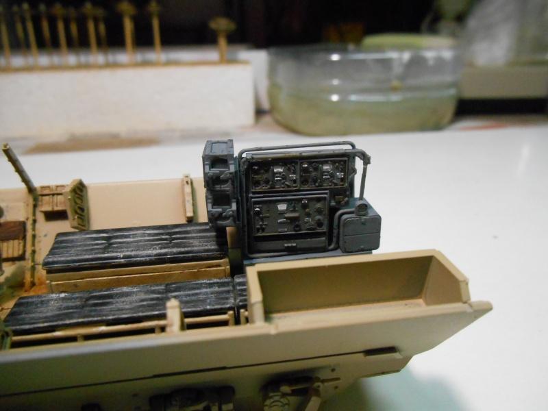 Sd.Kfz.251/3 Ausf.C -  AFV 1/35e - Mittlere Funkpanzerwagen - Page 4 Sd_kfz56