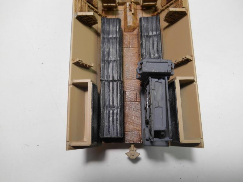 Sd.Kfz.251/3 Ausf.C -  AFV 1/35e - Mittlere Funkpanzerwagen - Page 4 Sd_kfz62