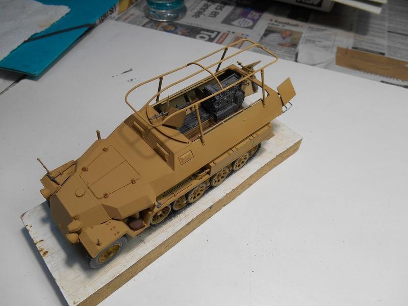 Sd.Kfz.251/3 Ausf.C -  AFV 1/35e - Mittlere Funkpanzerwagen - Page 5 Sd_kfz78