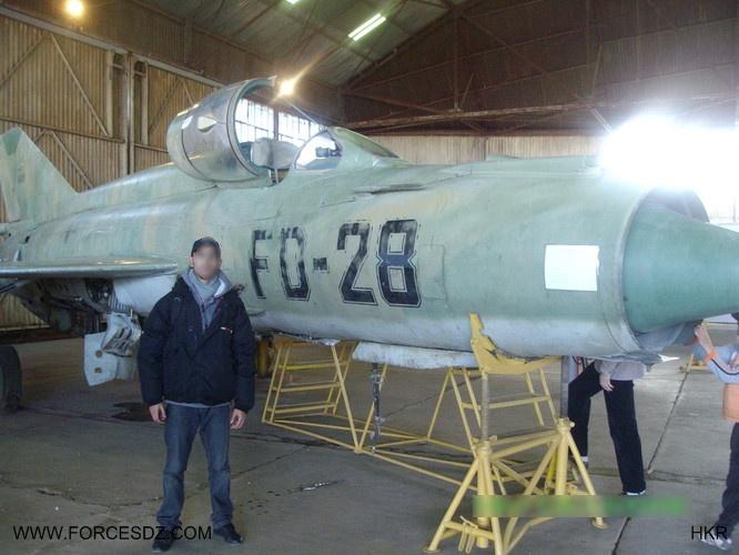 طائرة مقاتلة إعتراضية ميغ-21  MIG-21 - صفحة 2 Cache_10
