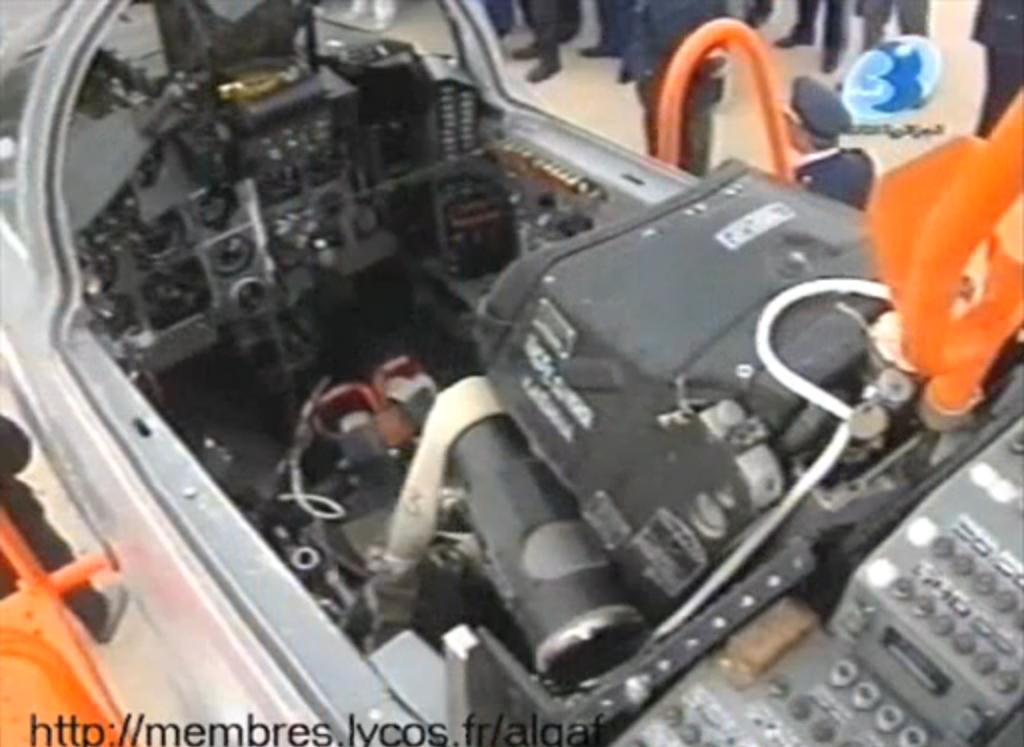 الطائرة المقاتلة الاعتراضية ميغ-29 فالكرم MIG-29 Fulcrum - صفحة 2 Dd11
