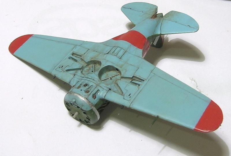 Montage: Polikarpov I-16 type 10 1/72 - Page 2 Montag14