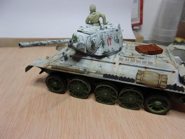 """T- 34/76 MODEL 1943 """"REVELL 114_0626"""
