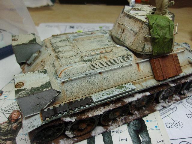 """T- 34/76 MODEL 1943 """"REVELL 114_0640"""
