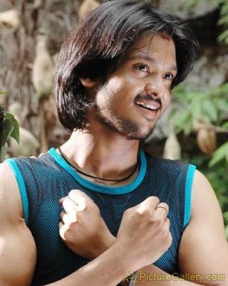 "I am not in love with Sunaina"" says Nakul Nakul10"