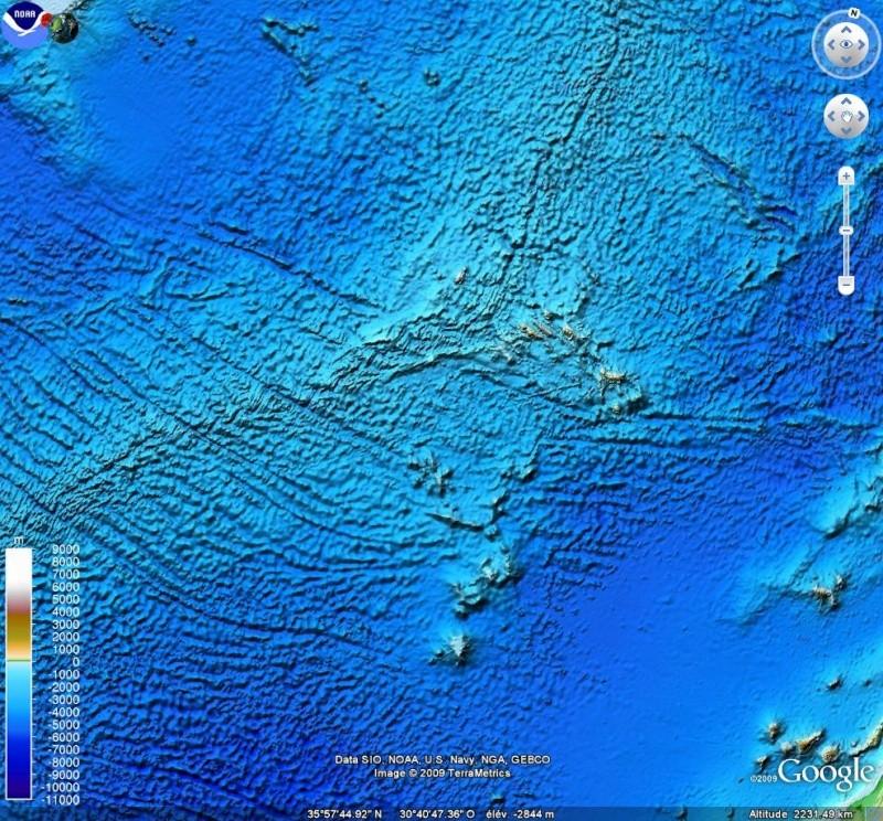 Curieuse formation, naturelle ? , océan atlantique, Etopo10
