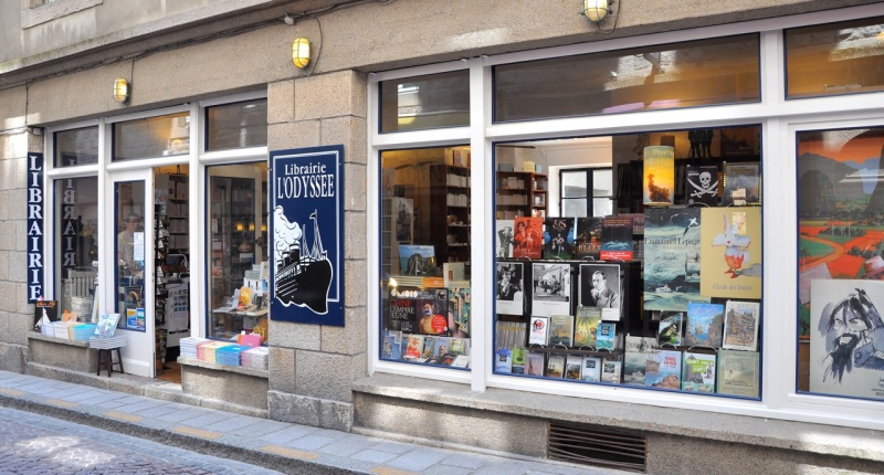 Vos adresses de librairies insolites... - Page 11 A2118