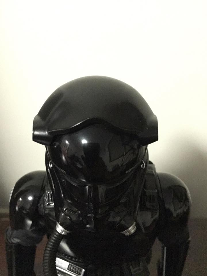 Hot Toys Star Wars: TFA 1/6th scale First Order TIE Pilot 12512710