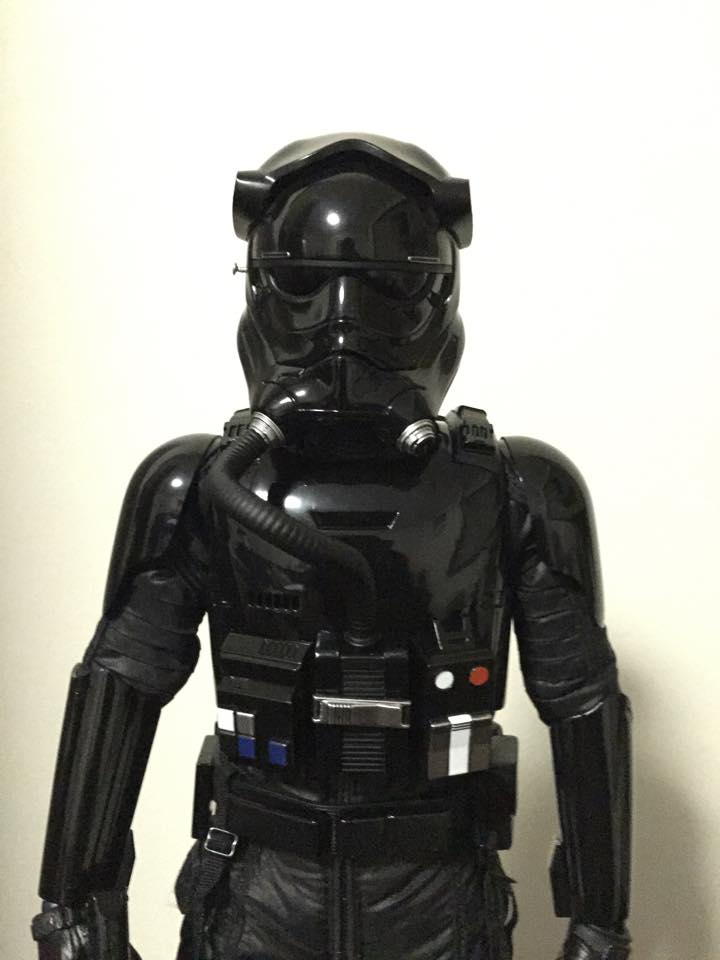 Hot Toys Star Wars: TFA 1/6th scale First Order TIE Pilot 60036610