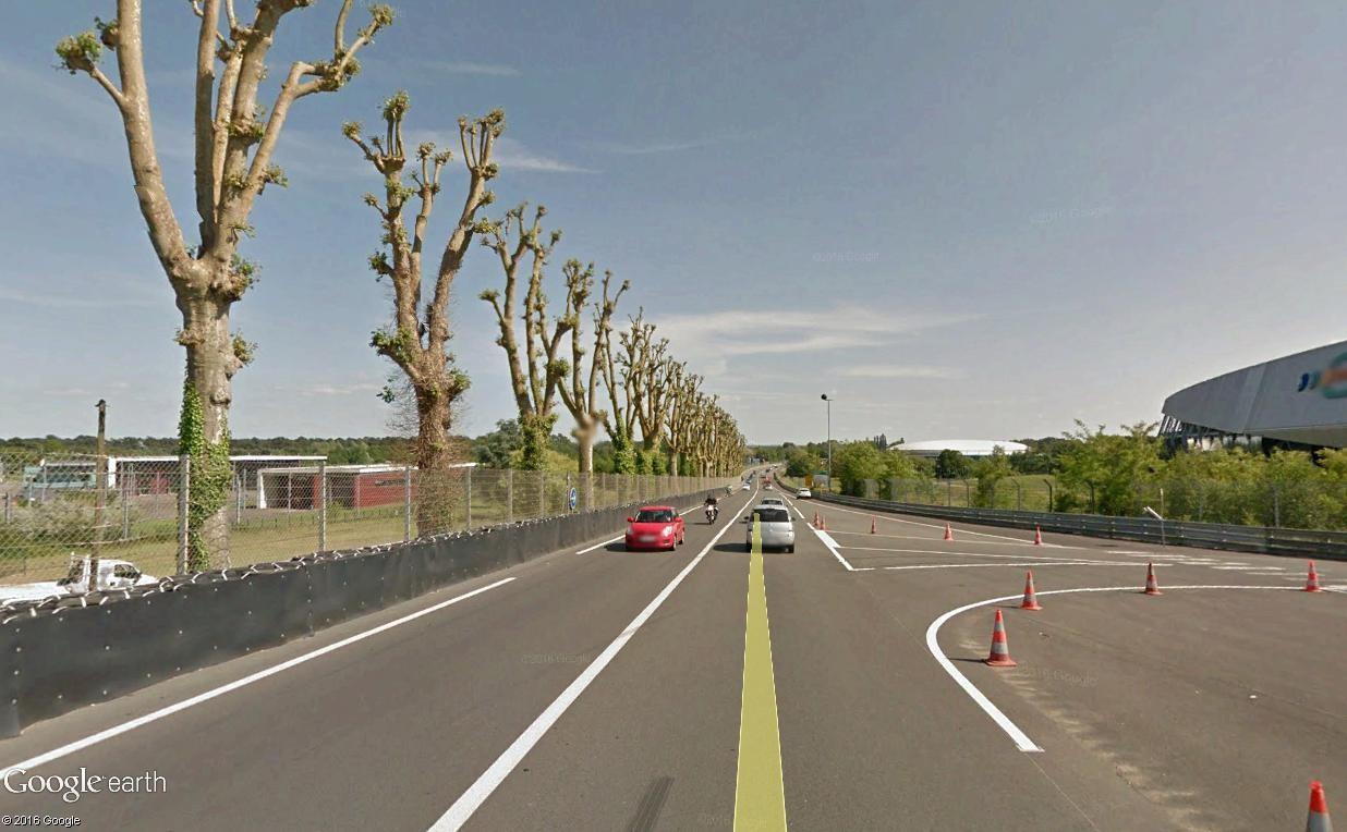 STREET VIEW : 2 sens de circulation = 2 saisons différentes vues de la Google Car ! [A la chasse !] - Page 2 Hunaud11