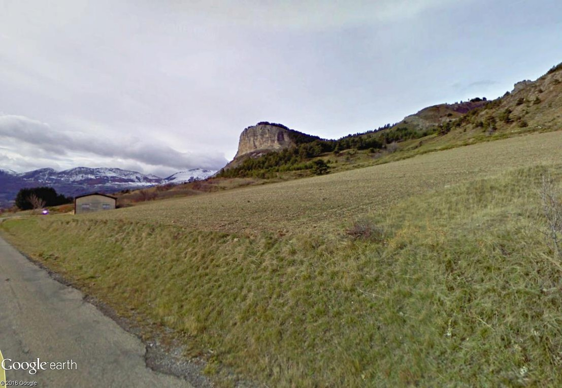 STREET VIEW : les facéties de Dame Nature La_roc10