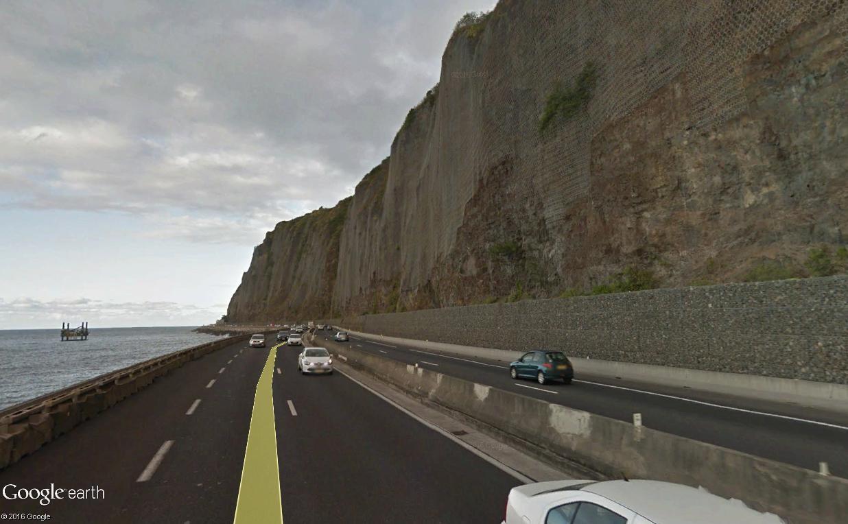 [Bientôt visible sur Google Earth]  La nouvelle route du Littoral, la Réunion Route_11