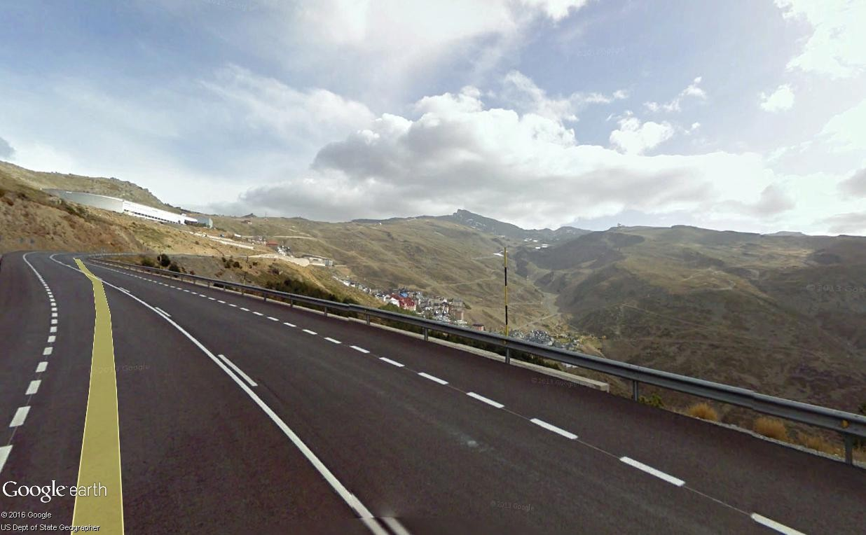 STREET VIEW : 2 sens de circulation = 2 saisons différentes vues de la Google Car ! [A la chasse !] - Page 2 Sierra13